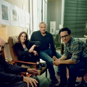 El compositor John Williams,la productora Kathleen Kennedy,co-guionista Lawrence Kasdan, y el director y co escritor J.J. Abrams at Bad Robot, Abrams' production company.