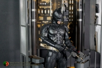 Batman Armory Hot Toys (013)