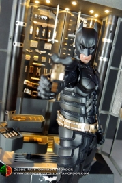 Batman Armory Hot Toys (016)