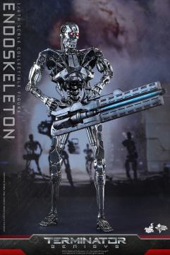 Terminator-Genisys-T-800-Hot-Toys-001