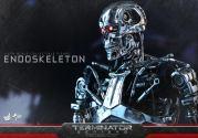 Terminator-Genisys-T-800-Hot-Toys-011