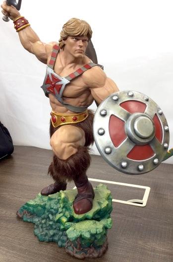 pcs-heman-statue-front_full