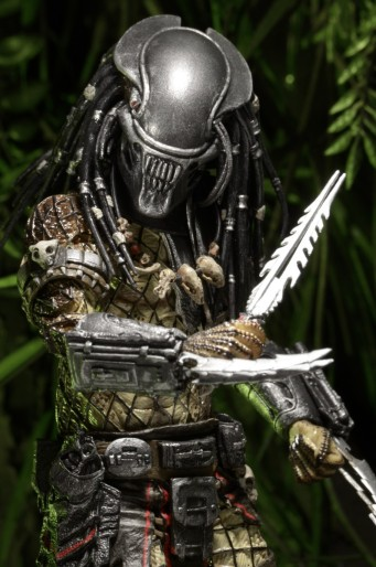 predatorseries17serpenthunteractionfigureneca7