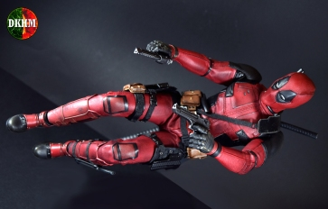 review-deadpool-hot-toys-14