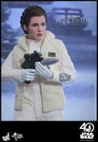 Hot-Toys-ESB-Princess-Leia-008
