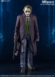 SH-Figuarts-Dark-Knight-Joker-001