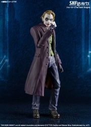 SH-Figuarts-Dark-Knight-Joker-002