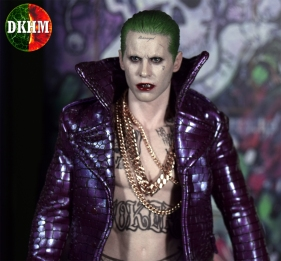 Hot Toys Joker Purple Coat (10)