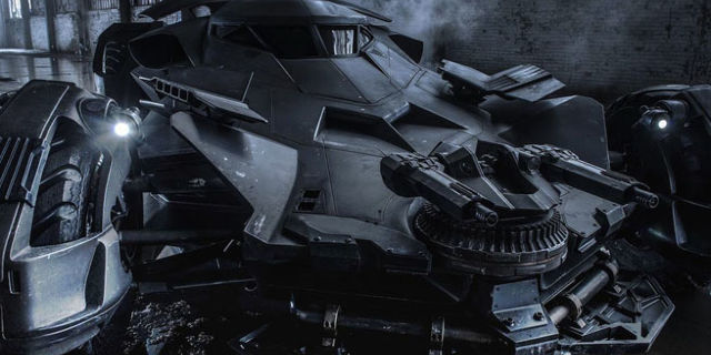 justice-league-batmobile-186797-640x320