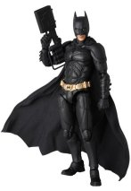 MAFEX-Batman-2