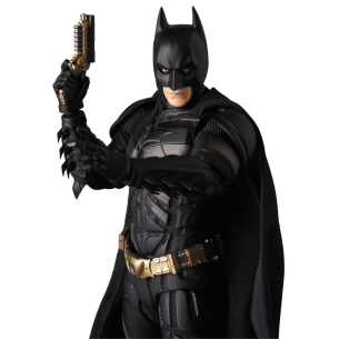 Medicom-MAFEX-The-Dark-Knight-Rise-Batman-Version-3-03