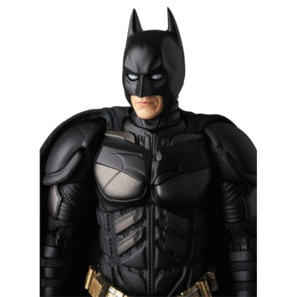 Medicom-MAFEX-The-Dark-Knight-Rise-Batman-Version-3-04