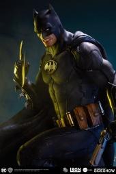 dc-comics-batman-one-third-scale-statue-iron-studios-903039-03