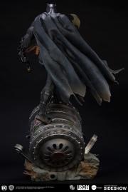 dc-comics-batman-one-third-scale-statue-iron-studios-903039-07