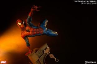 marvel-the-amazing-spider-man-premium-format-300201-03