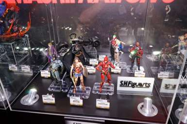 SDCC-2017-Tamashii-Nations-DC-Movie-001
