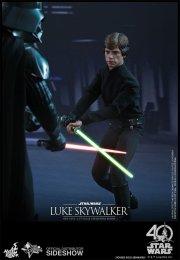 star-wars-luke-skywalker-sixth-scale-hot-toys-903109-02