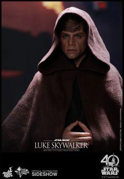 star-wars-luke-skywalker-sixth-scale-hot-toys-903109-05
