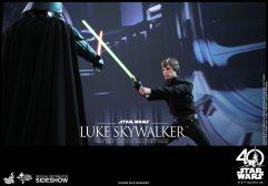 star-wars-luke-skywalker-sixth-scale-hot-toys-903109-14