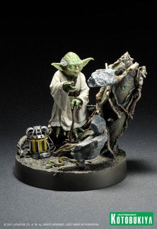 Yoda-ArtFX-Statue-1_1321362518