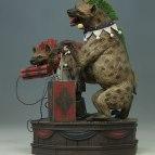 dc-comics-bud-and-lou-harleys-hyenas-maquette-tweeterhead-903163-12