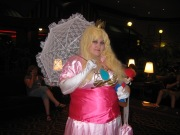 Fail-Princess-Peach-Cosplay