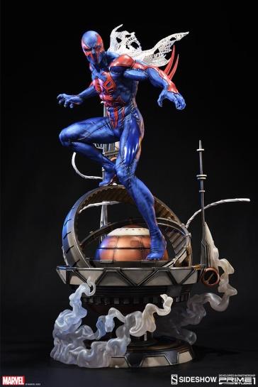 marvel-spider-man-2099-staute-prime1-300551-02