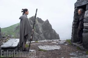 Star Wars: The Last Jedi L to R: Rey (Daisy Ridley) and Luke Skywalker (Mark Hamill) Credit: Jonathan Olley/ILM/© 2017 Lucasfilm Ltd.