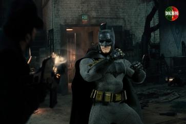 Mezco Batman BVS (4)
