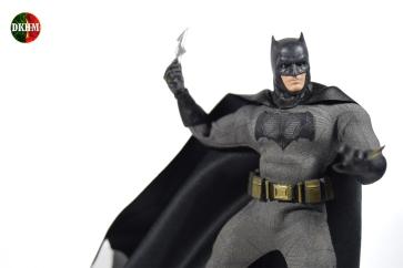 Mezco Batman BVS (6)