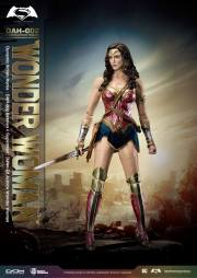 Batman-v-Superman-DAH-Wonder-Woman-001