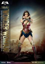 Batman-v-Superman-DAH-Wonder-Woman-003