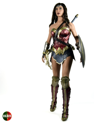 Hot Toys Wonder Woman BVS (1)