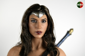Hot Toys Wonder Woman BVS (10)