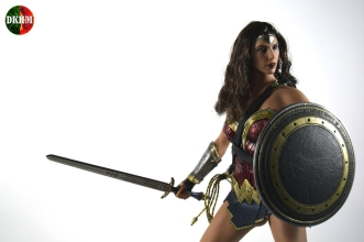 Hot Toys Wonder Woman BVS (11)