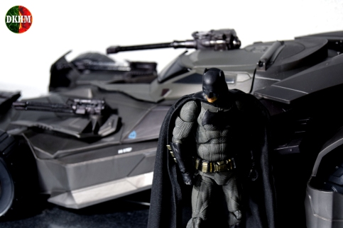 Multiverse Batmobile Justice League (6)