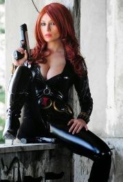 1cd65-black_widow_cosplay_00