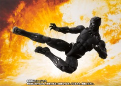 Avengers-Infinity-War-SH-Figuarts-Black-Panther-003