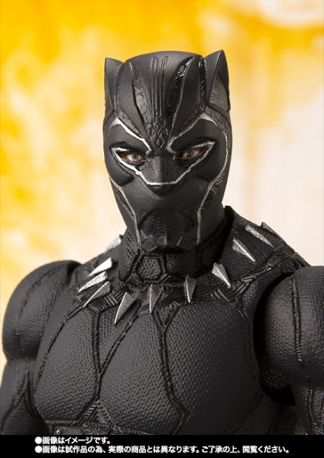 Avengers-Infinity-War-SH-Figuarts-Black-Panther-005