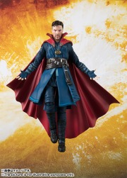 Avengers-Infinity-War-SH-Figuarts-Dr-Strange-004