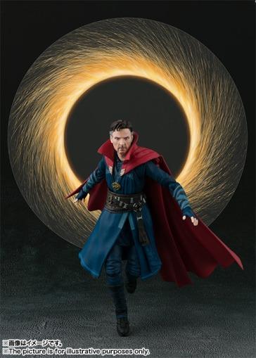 Avengers-Infinity-War-SH-Figuarts-Dr-Strange-006
