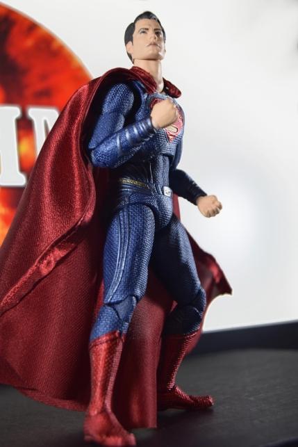 Mafex Superman JL (4)