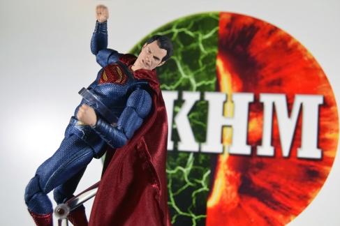 Mafex Superman JL (6)