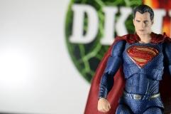 Mafex Superman JL (8)